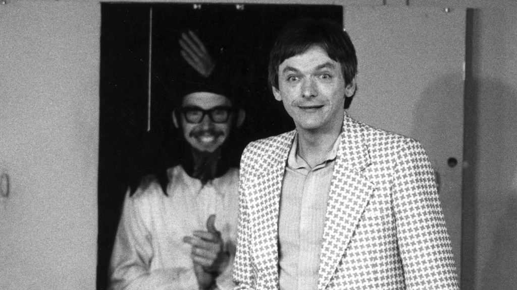 00-00-1982_Lake_Hemphill-To_Mock_A_Kilogram-Stage_001